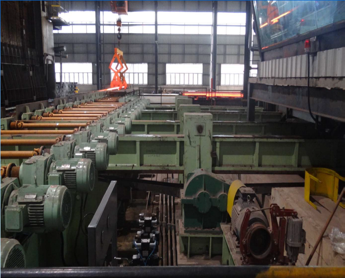 Billet supporting machine